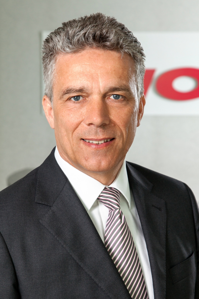 Stefan Schiller, Pioneer Sales & Marketing Director Car Electronics Business