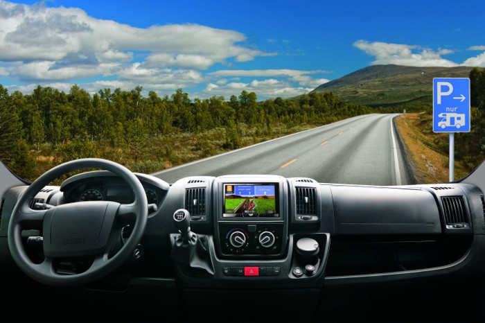 All-In-One Pioneer Mediacenter mit Navigation
